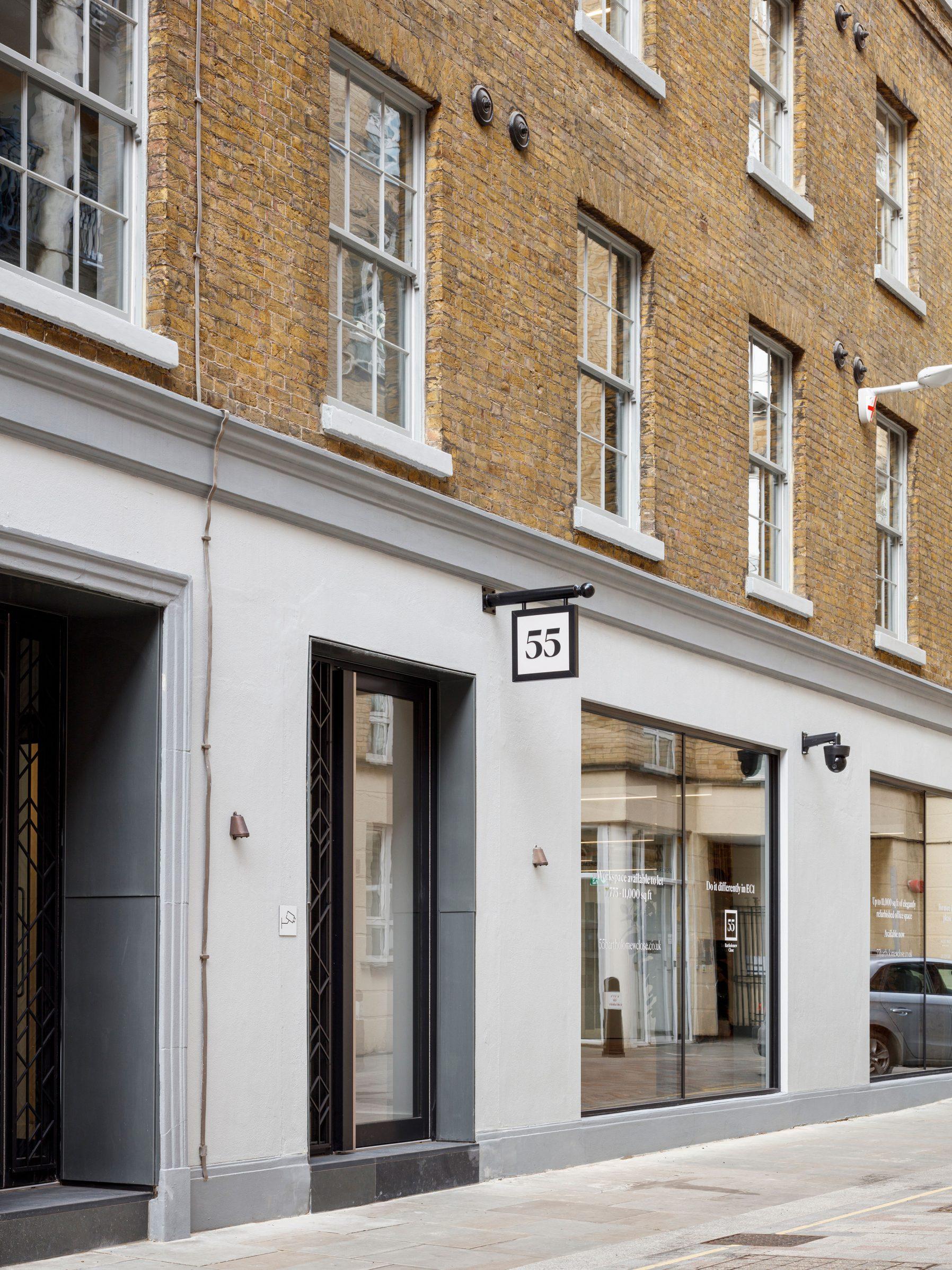 55 Bartholomew Close・London